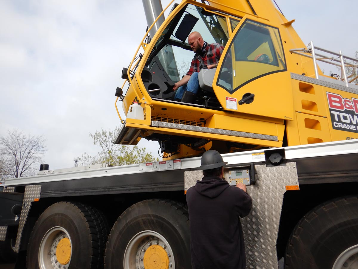 Michigan Crane Rental Services